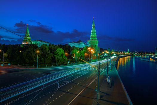 Бесплатные фото Moscow Kremlin,Moscow River Illuminated in the Evening,Russia,Москва,Россия,ночные города