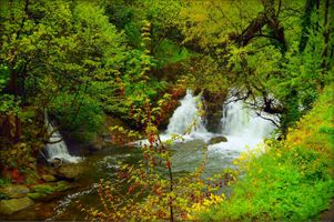 Photo free magical river, waterfall, autumn
