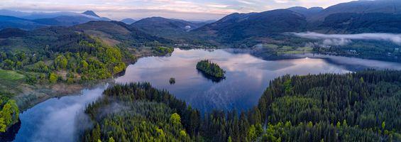 Фото бесплатно Шотландия, Национальный парк Лох-Ломонд и Троссач, Лох Ард, Зеленый остров, река, деревья, леса, пейзаж, панорама