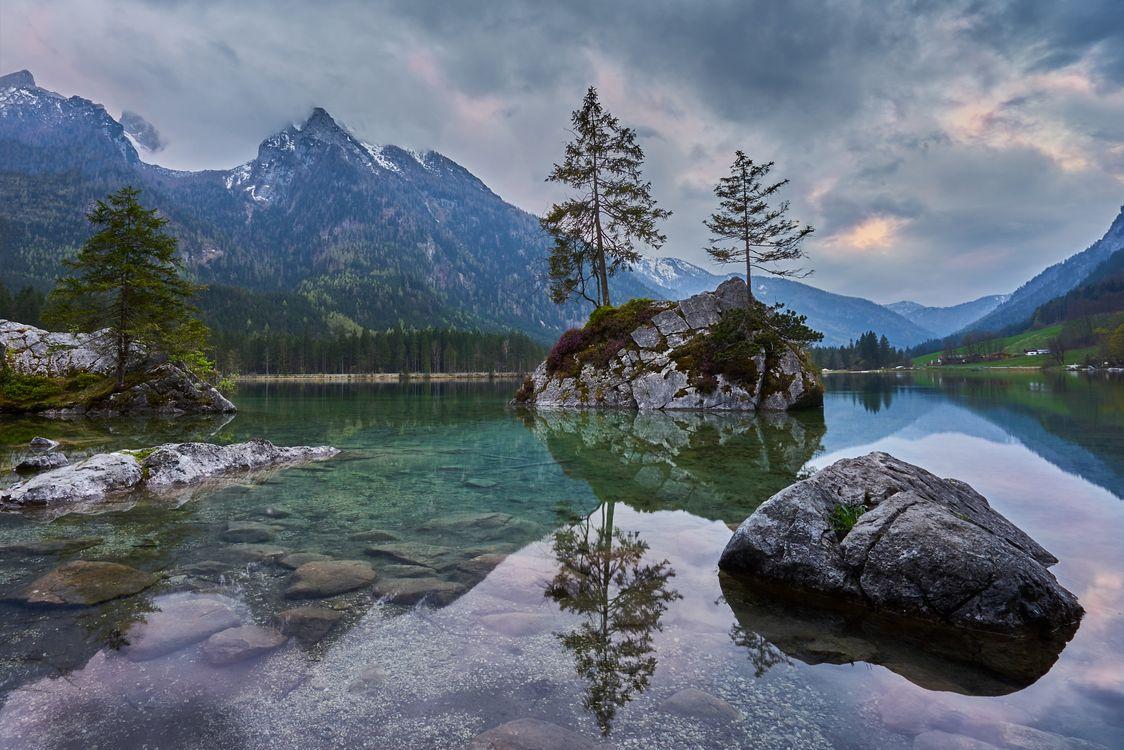 Фото бесплатно Hintersee, озеро, облака, сельская местность, отражение, Bavaria, горы, скалы, деревья, пейзаж, пейзажи