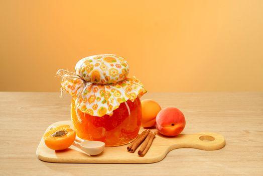 Apricot jam · free photo