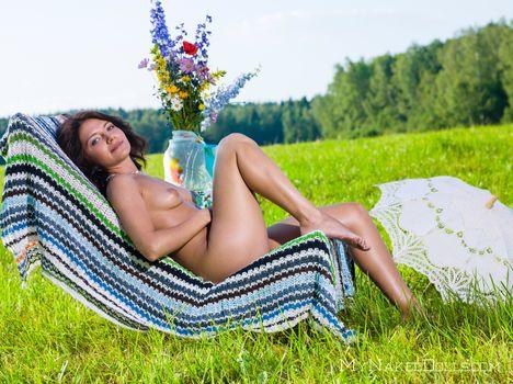 Бесплатные фото Kayla B,Betty A,эротика,голая девушка,обнаженная девушка,позы,поза,сексуальная девушка,Nude,Solo,Posing,Erotic