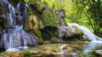 Фото бесплатно водопад, лес деревья, скалы