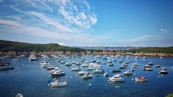 Заставки видеть,лодки,голубое небо,океан,брест,франция,бретань