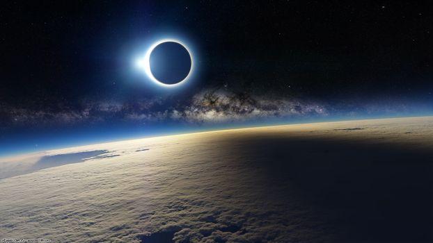 Солнечное затмение со стратосферы