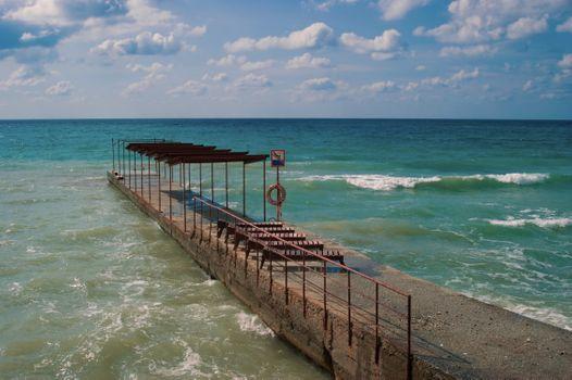 Бесплатные фото море,шторм,волнорез,осень