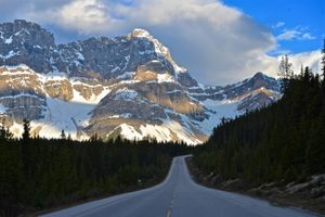 Бесплатные фото Morning Light,Icefields Parkway,Rocky Mountains,Banff National Park,Alberta,Canada