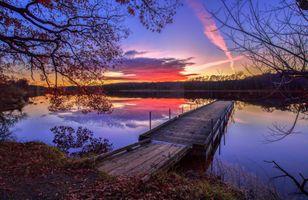 Бесплатные фото закат,река,деревья,мостик,причал,вода,отражение
