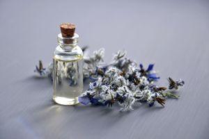 Бесплатные фото ароматическая терапия,ароматический,бутылка,крупным планом,одеколон,цвета,контейнер