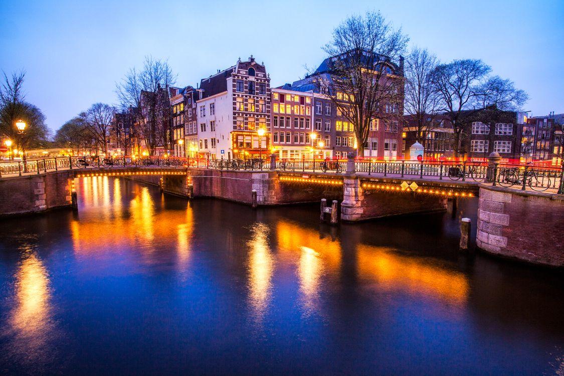 Фото бесплатно Amsterdam, ночь, подсветка - на рабочий стол