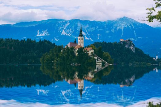 Photo free Bled, the Church of the assumption of Mary, landscape