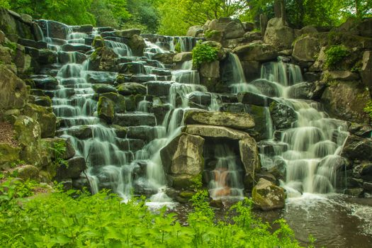 Заставки Джунгли, парк, водное пространство