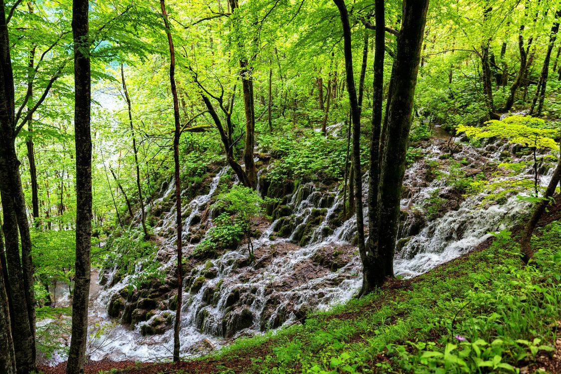 Water flows down the slope · free photo