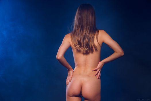Бесплатные фото Эйвери,брюнетка,эротика,задница,дубление,назад,ню