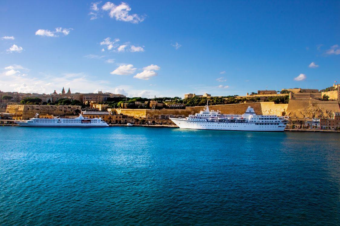 Free photo boat, ships, blue - to desktop
