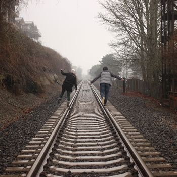Photo free people, track, fog