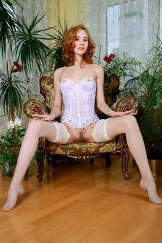 Фото бесплатно Kitty Nice, красотка, голая, голая девушка, обнаженная девушка, позы, поза, сексуальная девушка, эротика, Nude, Solo, Posing