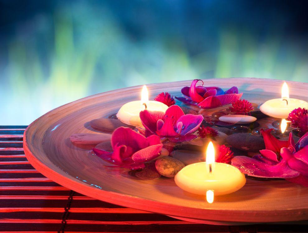 Фото бесплатно массаж, романтик, свечи, камни, бамбук, огонь, пламя, разное