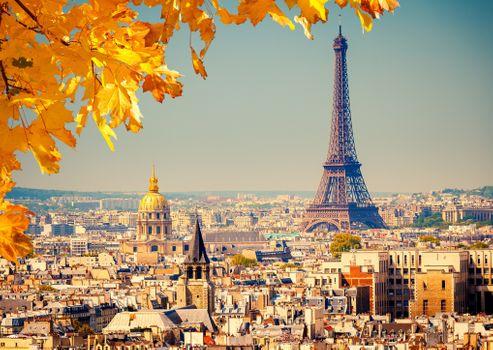 Осенняя Эйфелева башня