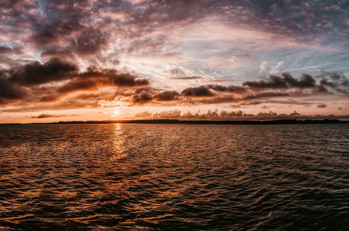 Фото бесплатно небо, горизонт, воды, море, закат солнца, размышления, облако, океан, спокойствие, восход, рассвет, послесвечение, берег, смеркаться, атмосфера, пейзажи
