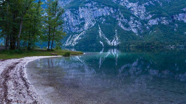 Фото бесплатно озеро, отражение, пляж
