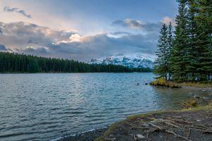 Фото бесплатно Канада, озеро Два Джека, Альберта