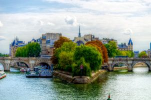 Autumn Paris · free photo