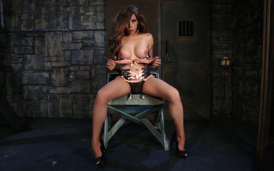 Бесплатные фото София Сандерс,транссексуал,каблуки,брюнетка