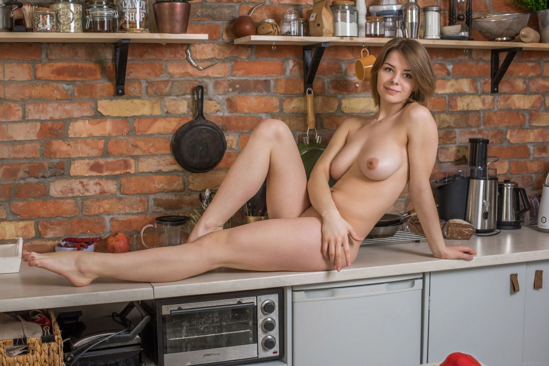 Free photo Yelena, beauty, naked - to desktop