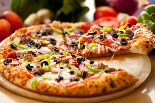 Aromatic pizza · free photo