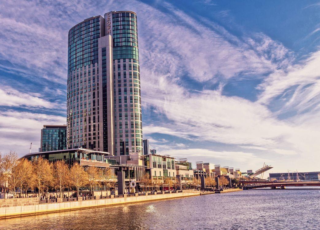 Обои корона, башни, мельбурн, город, небо, казино, южный берег, рестораны, береговая линия, река на телефон | картинки город
