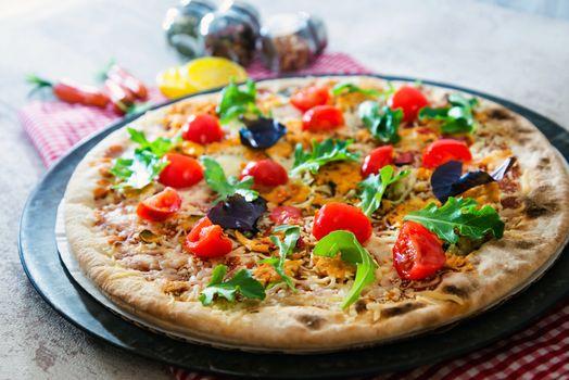 Bright pizza · free photo