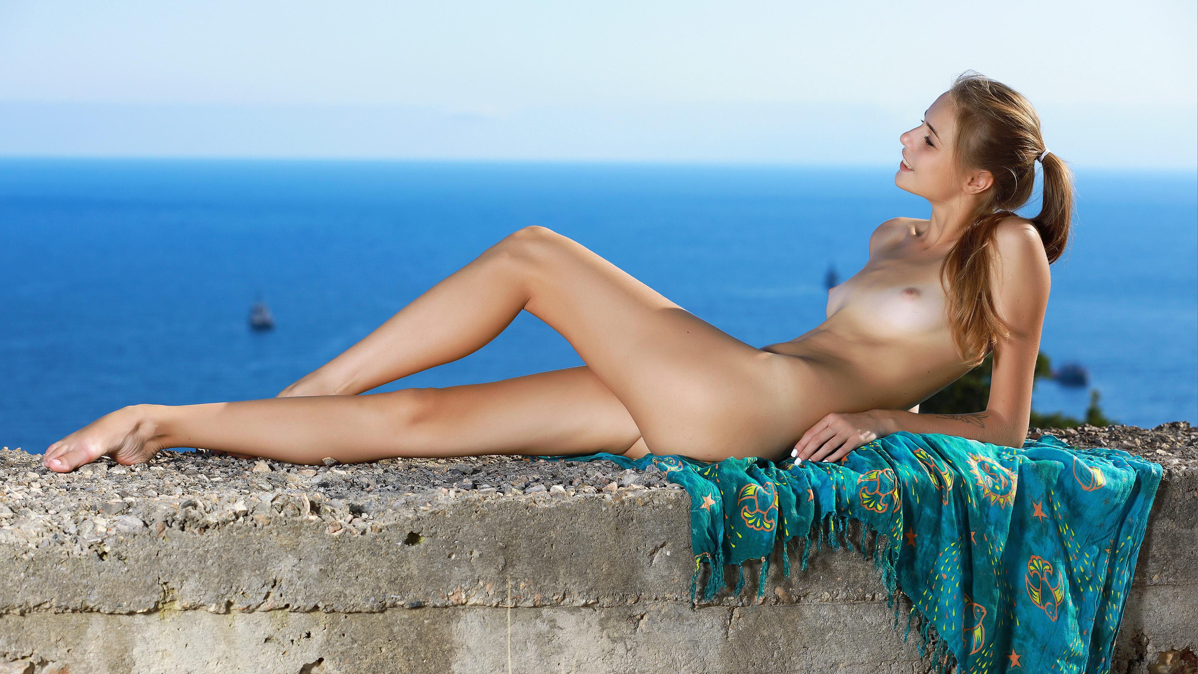 девки голые на море валерия - 7