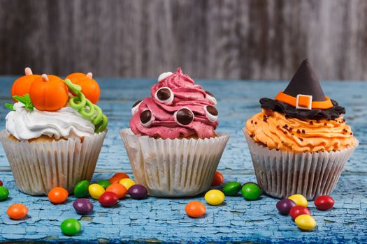 Cupcakes from the cook-witch · free photo