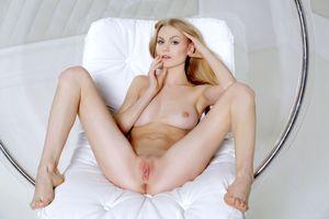 Бесплатные фото nancy a,jane f,erica,модель,сиськи,открытые ноги,киска