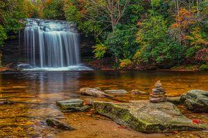 Заставки Долина Пантертаун,Северная Каролина,водопад,водоём,лес,скалы,камни