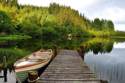 Заставки лодка, мост, озеро