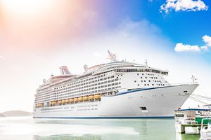 A large cruise ship · free photo