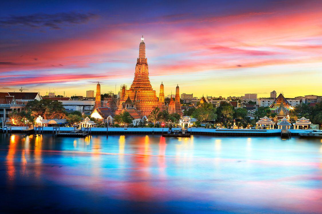 Бангкок на закате дня · бесплатное фото