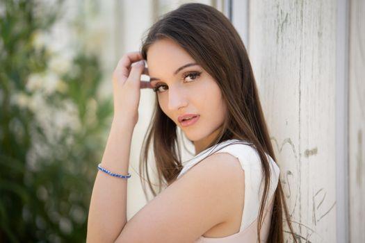 Photo free model, girls, brown hair