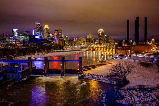 Photo free river, Minnesota, night city