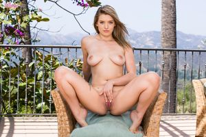 Бесплатные фото GIselle Palmer,красотка,голая,голая девушка,обнаженная девушка,позы,поза