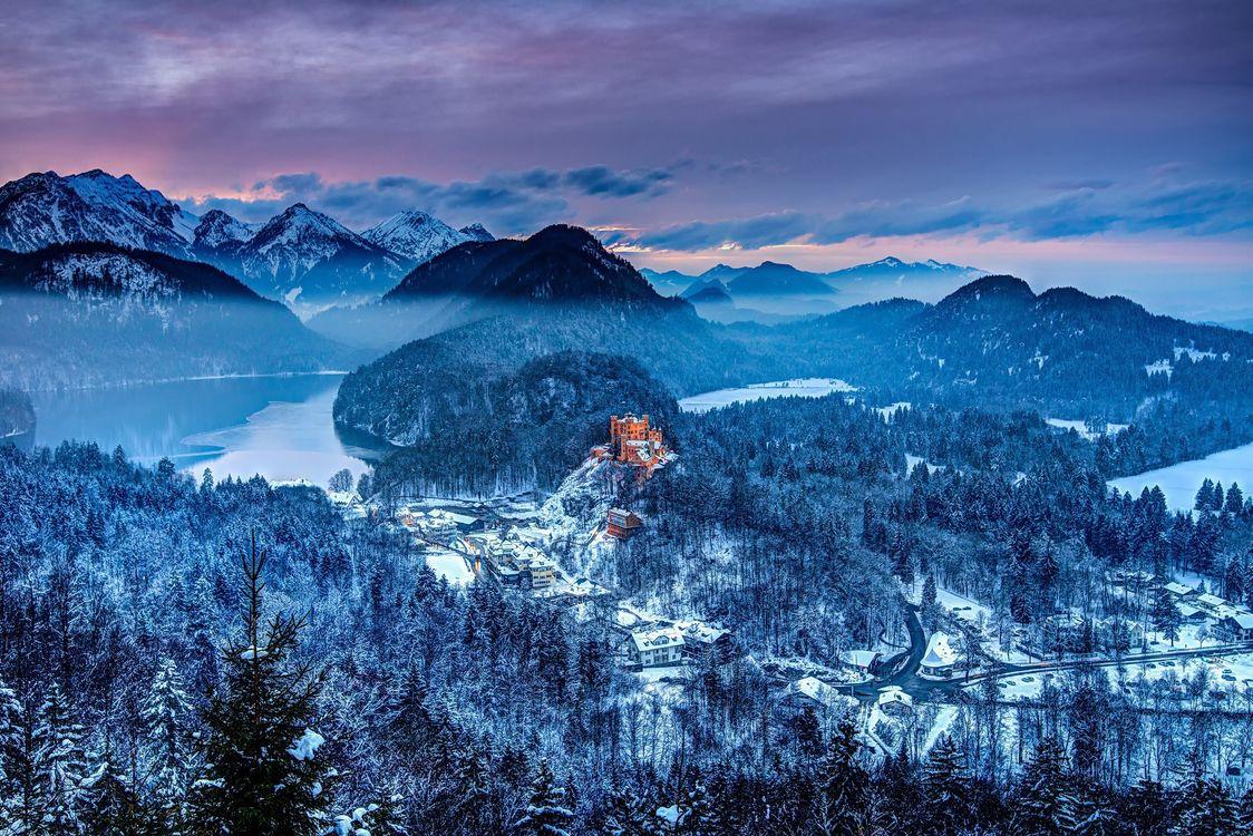 Фото бесплатно Германия, замок Хоэншвангау, Южная Бавария, Горы, Зима, дома, деревья, озеро, пейзаж, закат, пейзажи