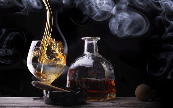 Фото бесплатно алкоголь, бутылка, сигара
