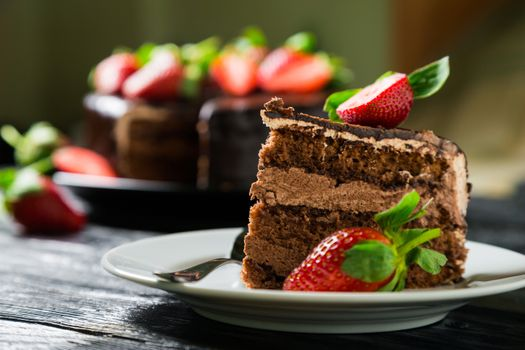 Chocolate cake with strawberries · free photo