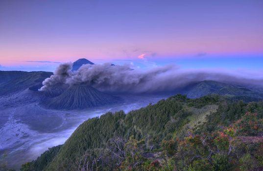 Фото бесплатно Утро на горе Бромо, провинция Восточная Ява, Индонезия
