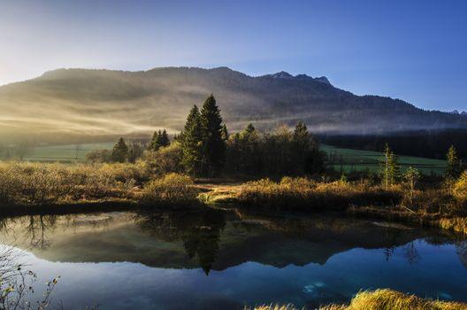 Фото бесплатно берег, дерево, вода, природа, лес, на открытом воздухе, пустыня, гора, легкий, облако, туман, восход
