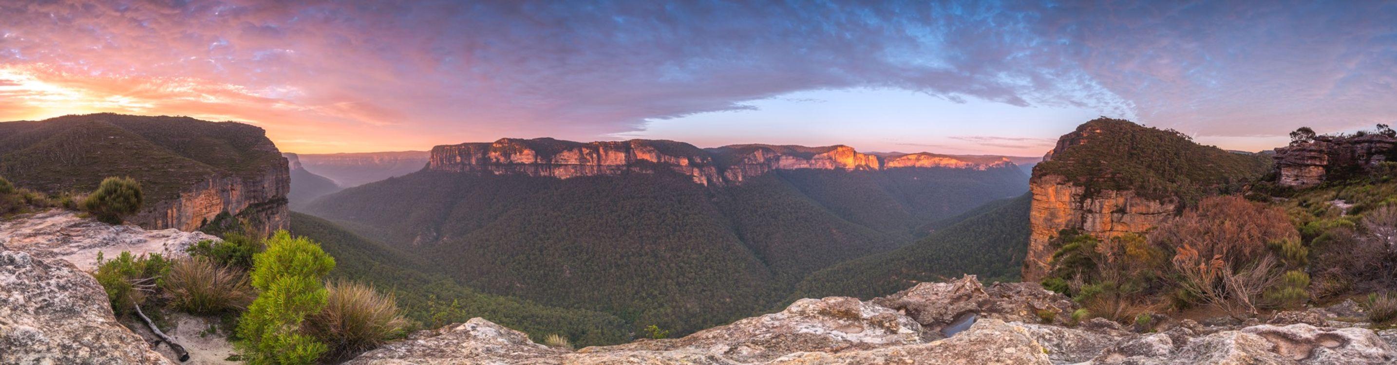 Фото бесплатно восход, синий, горы, новый южный уэльс, австралия, пейзаж, гора Виктория, природа, небо, пустыня, национальный парк, камень, каньон, гора, откос, пейзажи