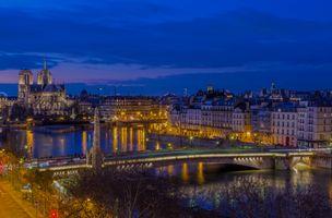 Полночь в Париже · бесплатное фото
