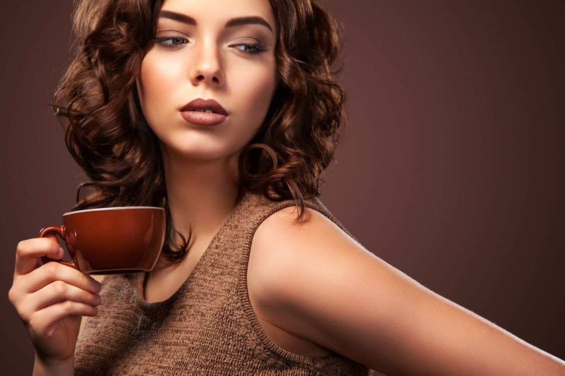 Photos for free hair, brown background, makeup - to the desktop